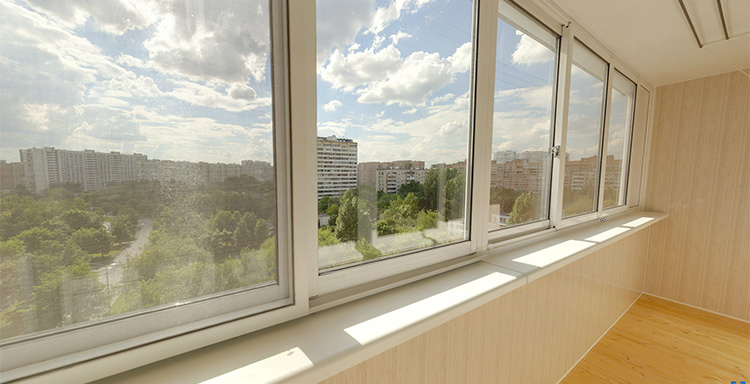 Остекление балкона 6 метров под ключ, утепление и обшивка - .